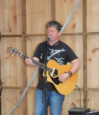 Local entertainer Mark Bergman will be returning to the Windmill Brewery on May 19 as part of their 2018 season-opening event. JOURNAL PHOTO/MARTELLE